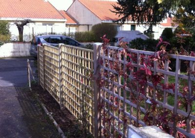 """Installation d'une clôture en treillis bois """"Holmen"""" à Basse Goulaine"""